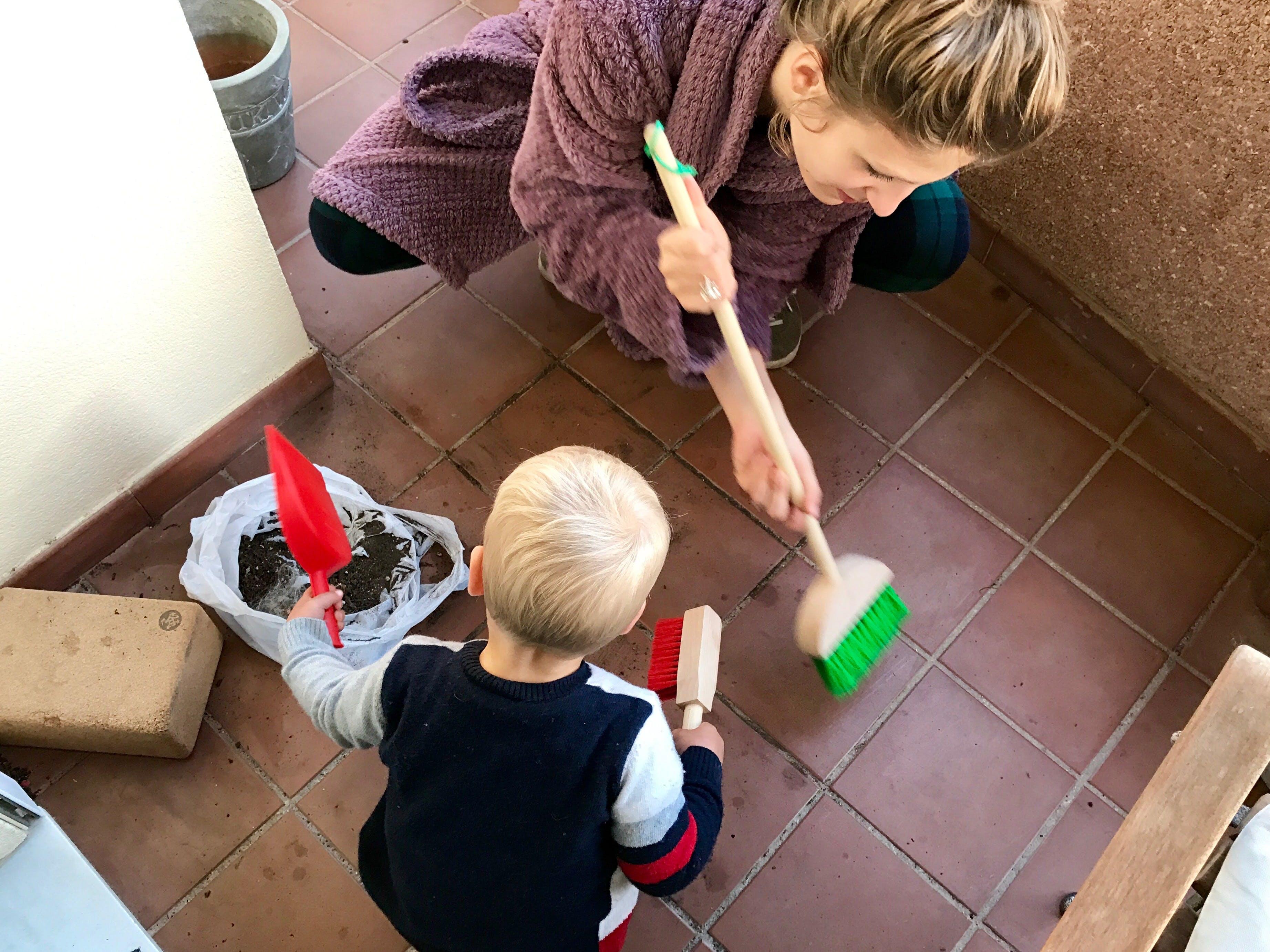 Giochi Di Pulire La Casa trucchi per tenere la casa in ordine (ed intrattenere il tuo